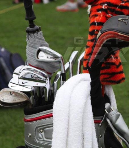 【本周冠军】老虎又赢了!看看这两天他的Nike球包里面有什么