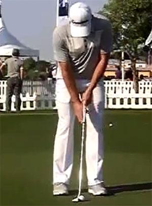 【推杆动作】PGA职业巡回赛选手的推杆动作 瞄球位置