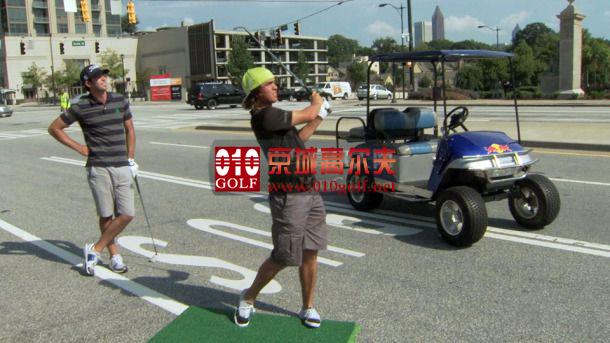 【视频秀】里奇-福勒 带你打都市高尔夫